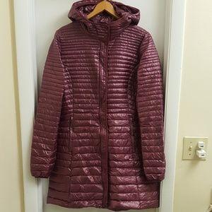 😍worn twice Patagonia insulation down jacket sz L